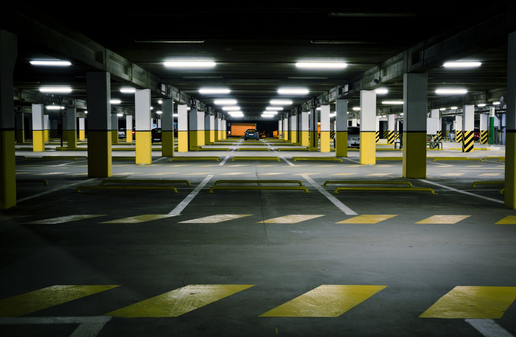 Underground parking garage parking lot survive the nights for Garage team city