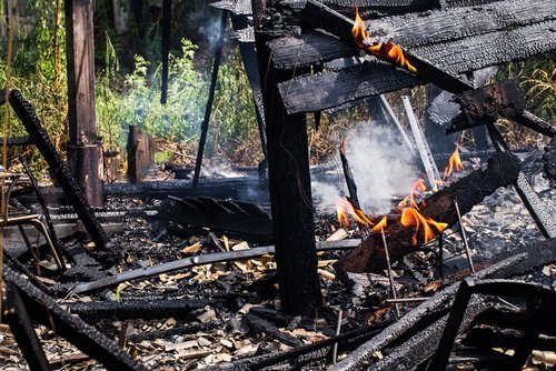 house destroyed by wildfire